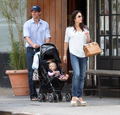 Bethenny Frankel & Family Out In New York (USA ONLY)